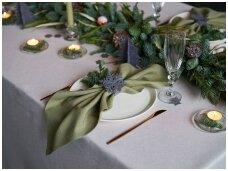 Kalėdinio stalo serviravimas