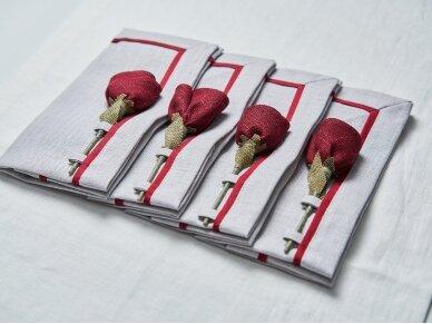 """Servetėlių rinkinys pilkas """"4 bordo rožės"""" 3"""