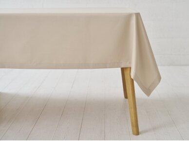 Atspari dėmėms staltiesė auksinė saten