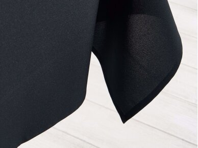 Staltiesė juoda 2