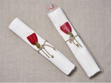 """Takelis mereškuotas balto lino """"Rožė"""" 3"""