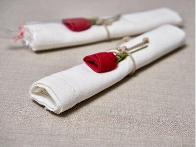 """Takelis mereškuotas balto lino """"Rožė"""" 2"""