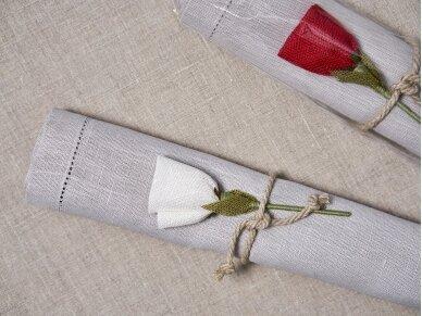 """Takelis mereškuotas natūralios lino spalvos """"Rožė"""" 3"""